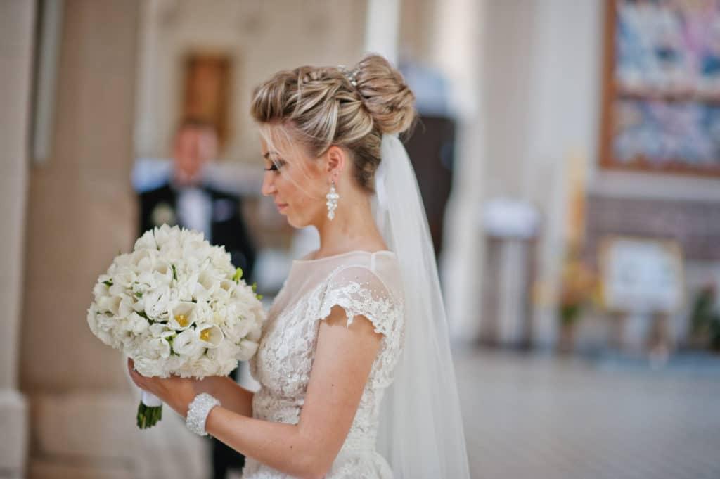 Haare für die Hochzeit stylen